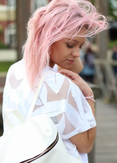 primark-white-backpack-pink-hair
