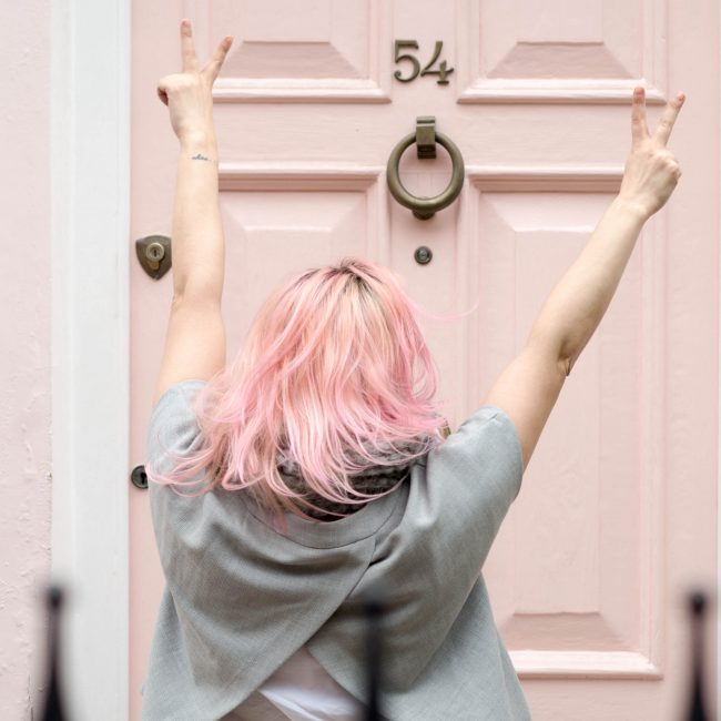pink hair blogger pink door