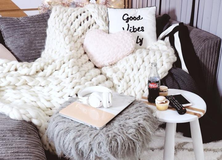 How to Style Your Space for Christmas, rose gold and white theme